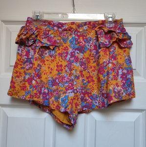 NWT Paper Heart Orange Floral Shorts Ruffle LF 10